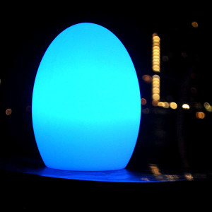 egg-shaped-table-lamp